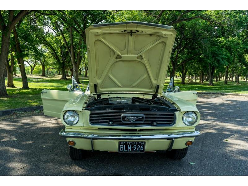 1966 Ford Mustang for Sale Image 2