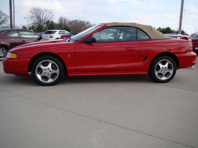 1994 Ford Mustang for Sale Image 2
